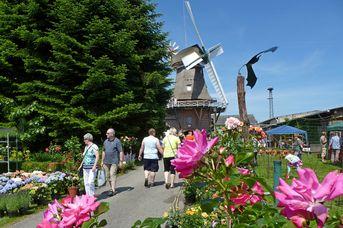 Holländer-Galerie-Windmühle Logabirum