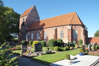 Ev.-luth. Peter- u. Paul-Kirche in Völlen