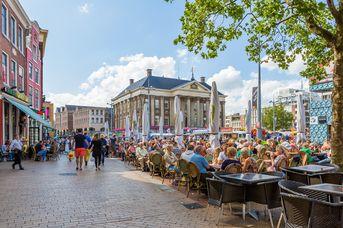 Mit Schiff und Zug nach Groningen