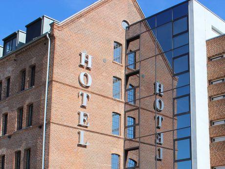 Ferienwohnung und Hotel